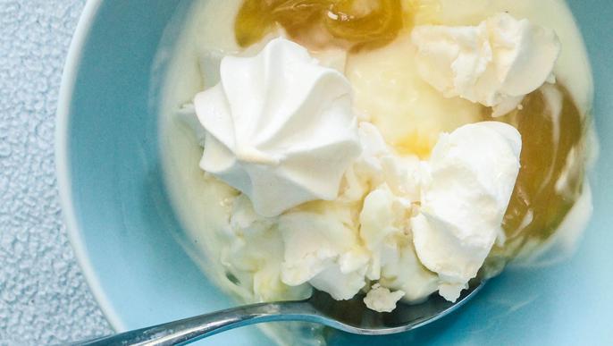 Merengue met yoghurt