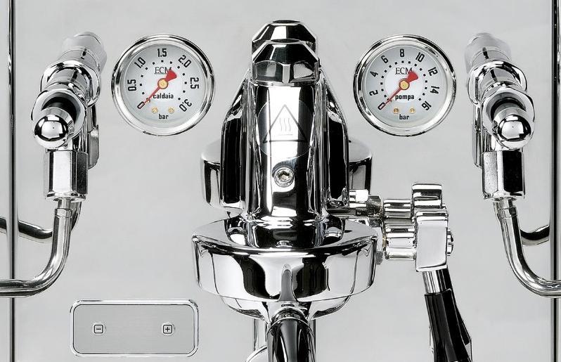 Koffiezetten en stomen tegelijk ECM Synchronika Espressomachine