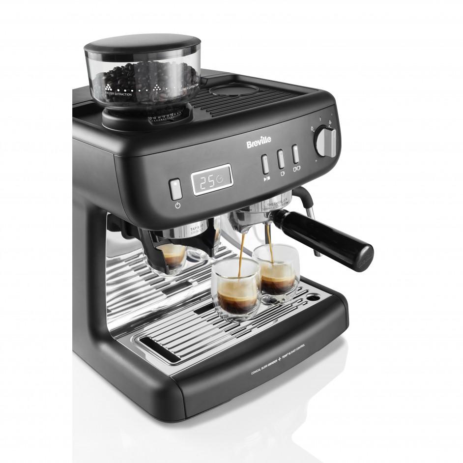 Breville Barista Max+ schuin aanzicht koffie